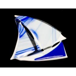 Klaasvitraaž purjekas
